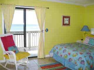 OCEANFRONT BUDGET PRICED !  30 SECONDS FROM DOOR TO BEACH !