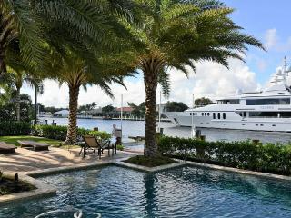 Luxury Home on the Intracoastal Waterway, Lauderdale by the Sea