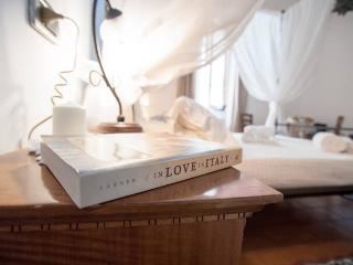 B&B SUSANNA HOME DOUBLE ROOM + 1 SINGLE BED, Orvieto