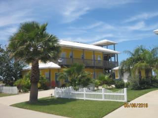 Lemonade House at Mustang Royale, Port Aransas