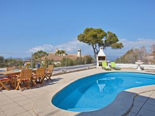 Comfortable villa with private pool, Llucmajor