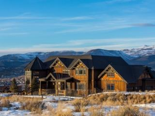 Luxe, Custom Home w Spectacular View of the Valley, Eagle