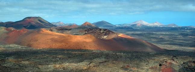 Timanfaya Volcano / Volcán Timanfaya