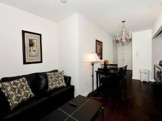 Luxury 2BR/1BA Doorman Apt for 6 on Wall Street, New York City