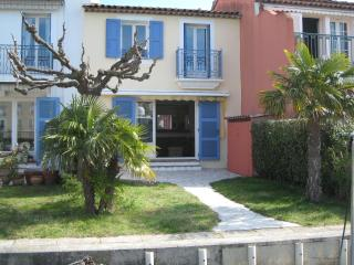 Three bed waterfront house in Port Grimaud Sud.