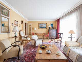 onefinestay - Rue du Ranelagh private home, Parijs