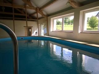 Maison de charme avec piscine chauffée, Saint-Germain-de-Coulamer