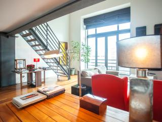 Luxurious and Bright Loft, Lissabon