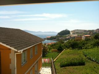 1a planta de casa con terraza y barbacoa vista mar