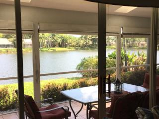 Waterfront Home 10 mins from the beach, Boynton Beach