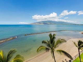 Spectacular Direct Ocean Front & Beach Front Condo, Kihei