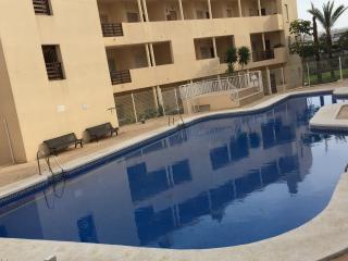 Alquilo piso 3 dormitorios,vacacional, Almería