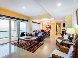 Casa Shirley (B14) - Large Condo, Heated Pool, Sauna, Massage Room, Cozumel