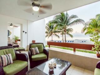 Casa Buena Vida (5120) - Right on the Sand, 1700 Sq Ft of Living Space, Cozumel