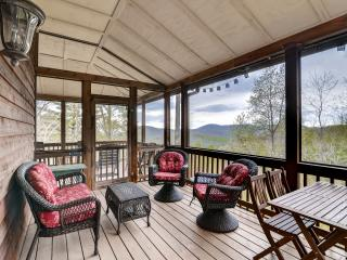 3BR Cullowhee House w/Tranquil Setting!