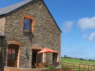 Hele Barton near Bude Cyder Barn sleeps 5