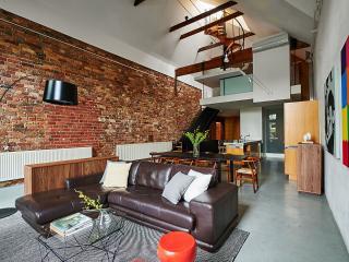 Grand Loft