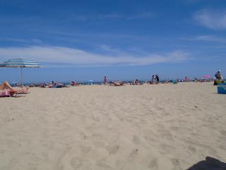 Paradise for sun, fun, sea, shopping and golf, Villamartin