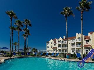 Coast Awhile is comfy one bedroom condo Close to the Beach!, Corpus Christi