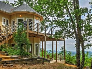 Private Gaylesville Home on 5 Acres w/ Views!