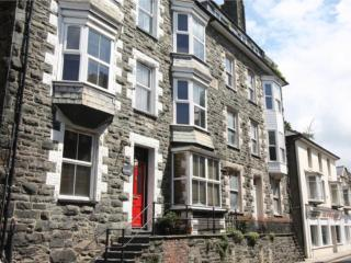Large holiday house for up to 16 people, Barmouth