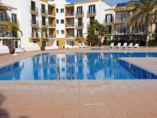 Apartamento piscina e jardins Tavira