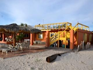 BEAUTIFUL BEACH FRONT CASITA, San Felipe