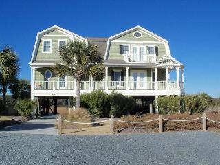 Seven Z's - Well-equipped Kitchen Home ~ RA72980, Holden Beach