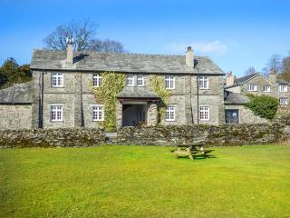 CRUMMOCK one of eleven apartments in a courtyard setting, woodburning stove, pet