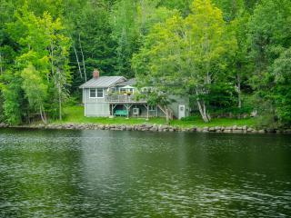 Corkum Cove Cottage, Lumsden's Pond, Wolfville