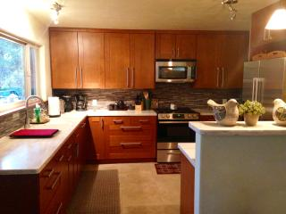 Create Family Memories In A Beautiful Kitchen With Heated Stone Floors And 32 Inch HDTV.