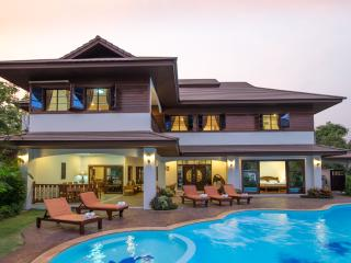 7 Bedroom Luxury Villa with Private Swimming Pool, Chiang Mai