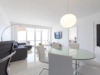 OCEAN FRONT VILLAGE #145 -  2Bed /  2Bath, Miami Beach