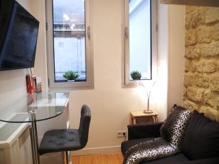Studio Champs-Elysées, Home Lincoln, Triangle d'or, París