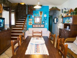 Hibiscus Home: Mare e Relax in Sardegna, Calasetta