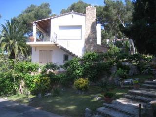 Casa Con piscina privada a 5 mins. a pie a l playa, Llafranc