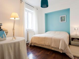 Santa Catarina Duplex Apartment | RentExperience, Lisboa
