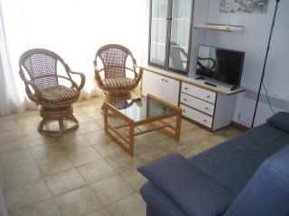 Soleado apartamento bien situado y con parking, Calella de Palafrugell