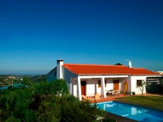 Casa Touro - an oasis within nature, Aljezur