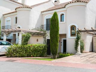 Puerto Banus  Casa Paraiso hills (No booking fee added)