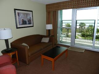 "Oceanfront Condo "" Free Wifi * Lazy River * Pool, Noord Myrtle Beach"