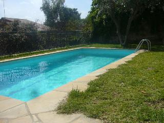 House with pool and garden, Viladecans
