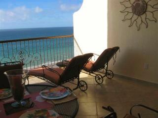 Sonoran Sky OCEANFRONT 1 Bdrm Condo w many EXTRAS!, Puerto Penasco