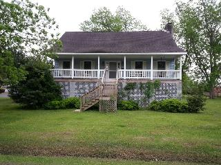 Midyette Street Cottage 122759