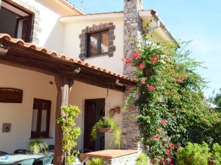 Amalfi Coast VILLA POSIDONIA with private pool,sea view, free parking, wifi