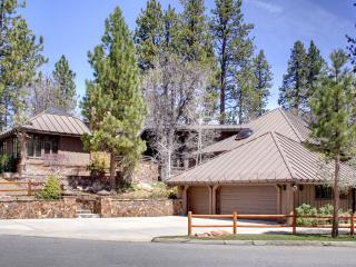 MOUNTAIN ESTATE, HEATED SWIMMING POOL, TENNIS CRT, Big Bear Region