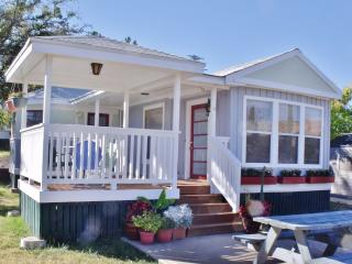 BLUE MOON BUNGALOWS in Bisbee, AZ  *HARVEST MOON offering two queen beds.