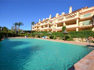 2bed/2bath-Apartment with private garden, sleep6, Benahavis