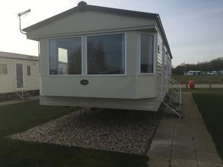 Luxury Caravan 11 Lazy Swan, Tattershall