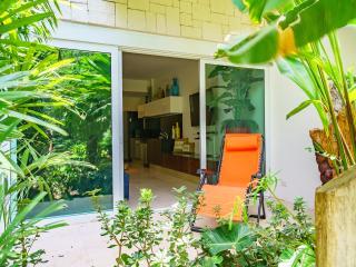 Zen Modern Apartment in heart of Playa